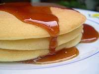 resep pancake saus karamel